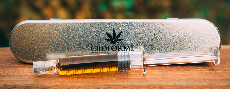 CBD oil in a vial. How to promote CBD on Facebook and Instagram. CBD marketing tips. How to sell CBD on Google. How to market CBD oil online. How to sell CBD on facebook and instagram. how to market cbd products and your CBD business.