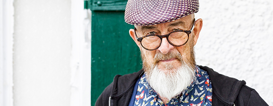 old man with glasses. weed marketing agency. How to advertise weed online.